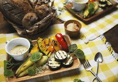 夏野菜グリルと白味噌と豆乳のバーニャカウダ