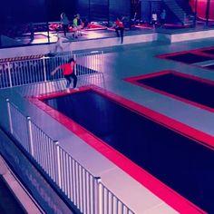 Wil jij net zo goed worden als onze top jumper Sam, of misschien wel beter? Kom dan springen bij Jump XL of neem deel aan onze Stunt & Trick lessen elke dinsdag en donderdag! Tot Jumps! #jumpxlhaarlemmermeer