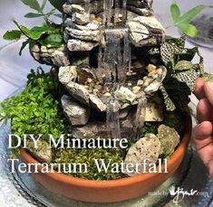 fountain diy DIY Miniature Terrarium Waterfall: Who says you can't enjoy a beautiful waterfall indoors? This miniature faux one is easy to make and perfect for terrarium gardens. Rock Fountain, Tabletop Water Fountain, Diy Fountain, Indoor Water Fountains, Indoor Fountain, Homemade Water Fountains, Bamboo Fountain, Outdoor Fountains, Garden Fountains