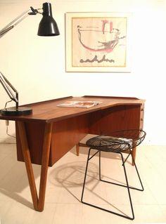 Peter Lovig Nielsen desk