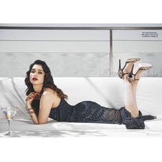 Bollywood Actress, Indian Celebrities, Bollywood Outfits, Bollywood Photos, Short White Mini Dress, Alia Bhatt Photoshoot, Indian Actress Pics