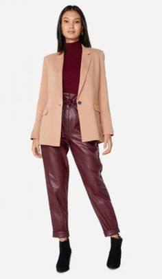 Look Blazer, Moda Online, Ideias Fashion, Duster Coat, Leather Jacket, Jackets, Color, Outfits, Clothes