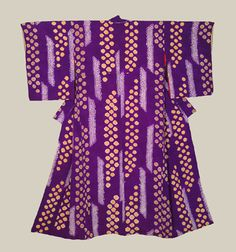 "Shibori Kimono - Late Taisho to early Showa (1920-1940). A striking silk shibori on rinzu kimono.  49"" from sleeve-end to sleeve-end x 57"" height.  The Kimono Gallery"