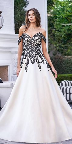 33 Beautiful Black Wedding Dresses That Will Strike Your Fancy ❤ black wedding dresses a line sweetheart strapless neckline with white jasmine ❤ #weddingdresses Formal Dresses, Wedding Dresses, Fashion, Dresses For Formal, Bride Dresses, Moda, Bridal Gowns, Wedding Dressses, La Mode