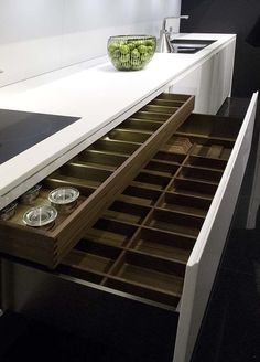 Love BIG WIDE drawers. Why don't many offer? #Kitchens #Interior #Design