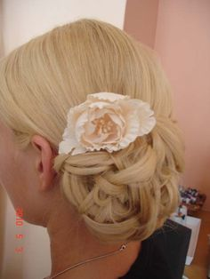 Vintage Updo Hairstyle with Accessories
