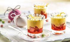 Orangen-Zabaione auf Rhabarber - Rezepte - Schweizer Milch Fabulous Foods, Orange, Bon Appetit, Panna Cotta, Pudding, Ethnic Recipes, Desserts, Rhubarb Recipes, Swiss Guard