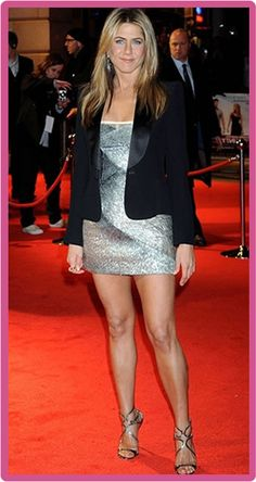 Jennifer Aniston Plastic Surgery – Things Which Went Wrong Only a few Hollywood girls admit that they have gone through plastic and cosmetic surgery treatments; Jennifer Aniston Legs, Jennifer Aniston Pictures, Jennifer Aniston Plastic Surgery, Kristen Stewart, John Aniston, Jeniffer Aniston, Actrices Sexy, Hollywood Girls, Jennifer Connelly