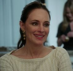 Victorias lace boat neck dress and gold circular earrings on Revenge Revenge Abc, Victoria Grayson, Madeleine Stowe, Boat Neck Dress, Classic Actresses, Celebs, Celebrities, Classic Beauty, American Actress
