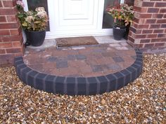 Step Features Half Moon Steps - AbelLandscapes.co.uk