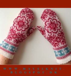 Nordic Knit. Mittens made on knitting machine. See how to make the mittens on http://mayasknit.blogspot.dk/2014/05/vanter-strikket-pa-maskine-forsg-3.html