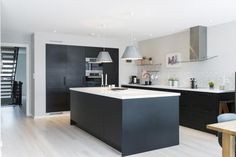 Best Design Kitchen Remodel Ideas Modern With Pictures Family Kitchen, New Kitchen, Kitchen Dining, Kitchen Interior, Interior Design Living Room, Kitchen Views, Scandinavian Kitchen, Küchen Design, Modern Kitchen Design