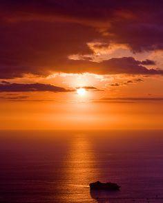 Friday Night Sunset, Pete Orelup  Looking down on Kailua-Kona last night.