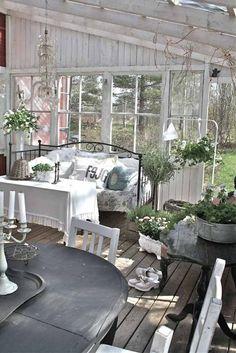 déco de jardin avec meubles shabby chic