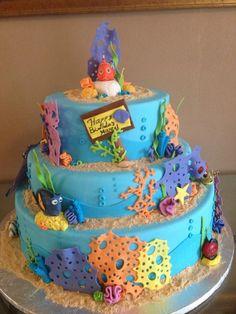 Finding Nemo Cake_e_0NuQ - via @Craftsy