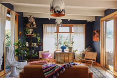 She shares this incredibly colorful and cheery home in Victoria with her husband Mal and their sons Zig (6), Fern (2) and Viv (4 months).