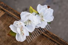 flower hair comb floral  white hair comb wedding comb by mamwene