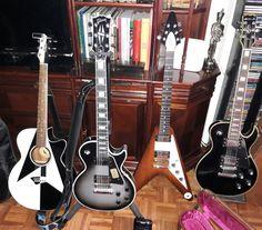 Mis Guitarras. DEAN - Michael Schenker Performer. GIBSON - Les Paul Custom Silverburst (2016). GIBSON - Flying V 1998 Limited Edition Natural Burst. SAMICK - tipo Les Paul.