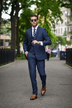 Modern fit blue men suit #modernsuit #bluesuit #fitsuit