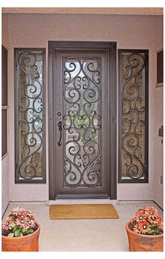 Front Door Entryway, Iron Front Door, Iron Doors, Entry Doors, Main Door Design, Front Door Design, Balustrade Balcon, Door Grill, Wrought Iron Decor