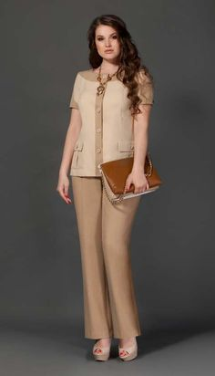 Costumes for full fashionistas Belarusian company Lissana. Office Uniform For Women, Elegant Office Wear, African Fashion Dresses, Fashion Outfits, Cute Dresses, Casual Dresses, Suits For Women, Clothes For Women, Corporate Attire