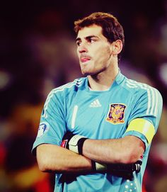 iker casillas <3