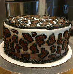 Red velvet leopard cake