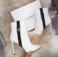Gorgeous and a def must have in your shoe collection esp if you love to wear white like I do!