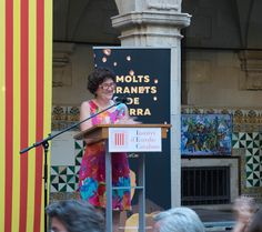 "We spoke to Liz Castro, author of ""Many Grains of Sand: A sourcebook of ideas for changing the world, tried and tested in Catalonia,"" about why Catalans want to break away from Spain."