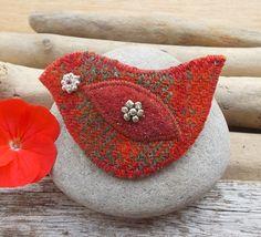 Red Brooch Pin Felt Tweed Bird Stripy