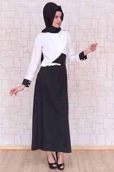 Omuzu Düğmeli Beyaz Elbise, polyester kumaştan, astarsız ve 140 cm boyunda Pay Butik tarafından üretilmiştir.
