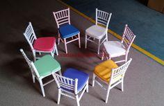 Kursi Cafe Tiffany Anak terbuat dari material kayu jati solid yang kami sempurnakan dengan variasi pilihan warna yang cantik dan indah.