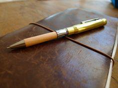Midori BRASS Pencil   Midori - Brass Collection   Buiten de Lijntjes
