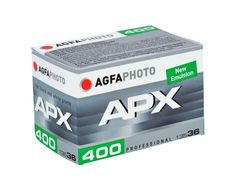 AgfaPhoto APX 400 is a high-speed black and white negative film with a nominal sensitivity of ISO 400/27°. It is universally applicable and suitable for a wide range of photographic applications such as action, sports, reportage,...