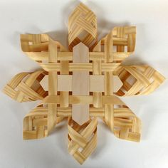 1973 Reproduction Advent Woven Star