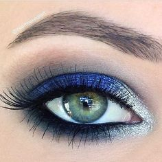 a look at this flawlessly executed royal blue and silver eye. Recreate the . - Make up -Take a look at this flawlessly executed royal blue and silver eye. Recreate the . - Make up - Glamorous Eye Makeup Tutorials For Events . Makeup Ads, Eye Makeup Tips, Prom Makeup, Makeup Geek, Wedding Makeup, Beauty Makeup, Hair Makeup, Kesha Makeup, Makeup Style