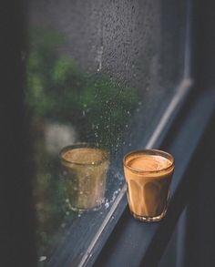 Coffee time rain - kaffeezeit regen - pluie de temps de café - lluvia d. - Coffee time rain – kaffeezeit regen – pluie de temps de café – lluvia de cafe – co - Rainy Day Photography, Rain Photography, Coffee Photography, Creative Photography, Cocktail Photography, Rainy Wallpaper, Tea Wallpaper, Rain And Coffee, Coffee Love