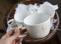 Белая керамическая чайная чашка #ХендКрафтер #clay #ceramics #pottery #mug