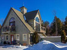 Hartland Cottage rental: Studio on Estate, minutes to Woodstock, 30 minutes to Killington Bermuda Vacations, Florida Vacation, Vacation Villas, Island Life, Big Island, Vacation Rentals By Owner, Woodstock, Vermont, Condo