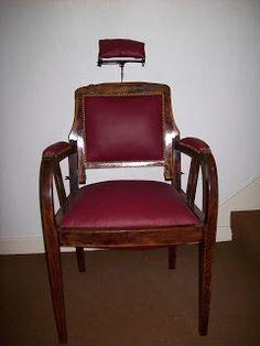 Les Décos d'Emeline: fauteuil de barbier très original et vintage refait à neuf. Meuble de métier