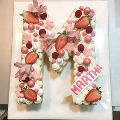 Me encantan las letras comestibles !!! #celebrandolavida #belloybueno #somoselpostre