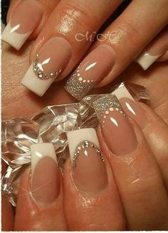 French Manicure Designs, French Tip Nails, Nail Art Designs, French Manicures, French Tips, French Manicure With A Twist, French Nail Art, French Pedicure, Pedicure Designs
