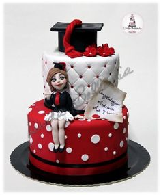 red and black graduation cake : 25 cakes - CakesDecor