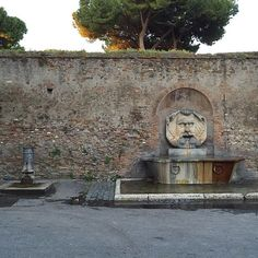 Fountains in Roma