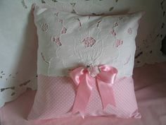 DIY fabric pillow to sew GIFTS homemade