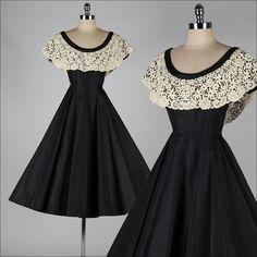 vestido vintage de los años 50. seda negra.