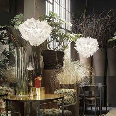 Näyttävä Slamp Veli L Couture Decor, Furniture, Table, Home Decor, Vase, Table Decorations, Slamp