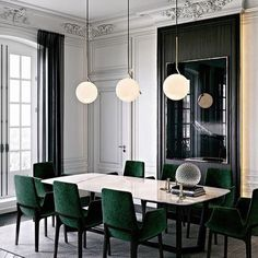 Dramatic emerald velvet 'Ventura' chairs and 'Concorde' table by @poliform_official . . . #poliform #designinspiration #contemporary #moderndesign #luxuryhome #formaldining #interiordesign #interiorstyling #designer #archdaily #architizer #luxehome #dezeen