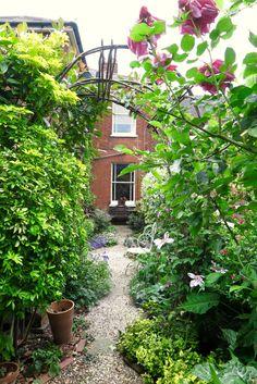 Rectangular urban garden tips