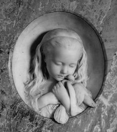 Alexander Munro, Eva Butler with a Dove, c. 1864, Marble, Private Collection